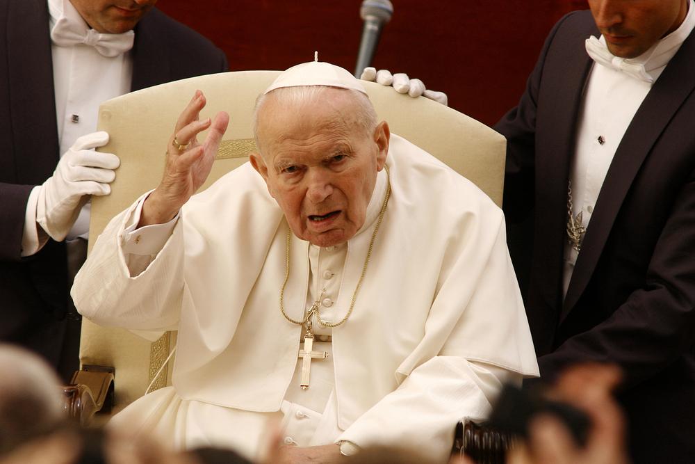 Pope John Paul II (Heroes - Popes in Hard Times)